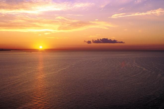 258_Serene_Sunrise